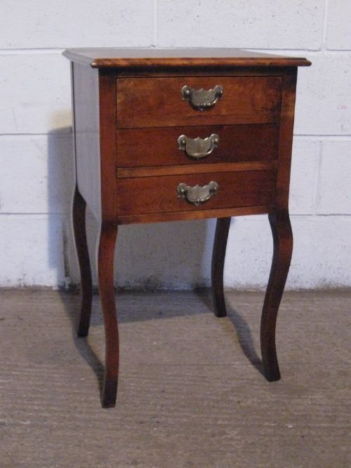 antique edwardian walnut small bedside chest of drawers c1900 wpv490557