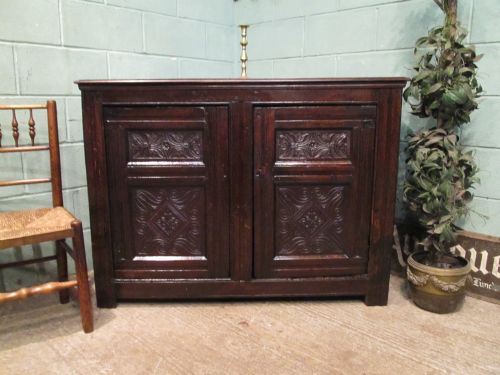 antique early 18th century carved country oak cupboard c1720